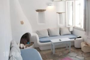 Vega Apartments_travel_packages_in_Cyclades Islands_Syros_Syros Chora