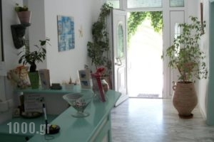 Tina'S Apartments_best deals_Apartment_Cyclades Islands_Milos_Adamas