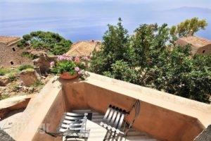 Izambo Inn_accommodation_in_Apartment_Peloponesse_Lakonia_Monemvasia