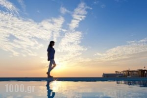 Gold Suites_travel_packages_in_Cyclades Islands_Sandorini_Fira