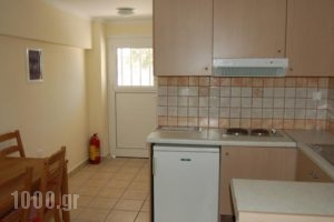Demestahas Apartments_travel_packages_in_Peloponesse_Lakonia_Gythio