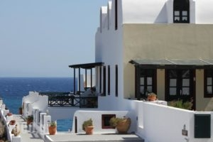 Vrachia Studios_accommodation_in_Hotel_Cyclades Islands_Sandorini_Oia