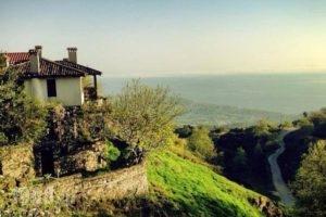 Feggaropetra Inn_best deals_Hotel_Macedonia_Pieria_Paleos Panteleimonas
