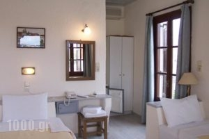 Yachting Club Inn_best prices_in_Yacht_Piraeus Islands - Trizonia_Spetses_Spetses Chora
