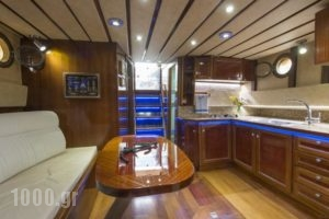 Yacht Charter-Traditional Motor Sailer 51FT_travel_packages_in_Crete_Heraklion_Stalida