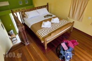 Meraki Apartments and Studios_best deals_Apartment_Peloponesse_Argolida_Tolo