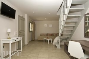 Alafouzos Studios_lowest prices_in_Hotel_Cyclades Islands_Sandorini_Sandorini Chora
