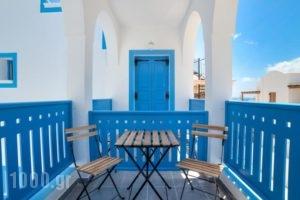 Villa Fanouris_accommodation_in_Villa_Cyclades Islands_Sandorini_kamari