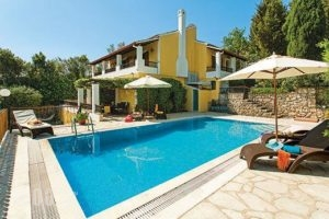 Avgusta_accommodation_in_Hotel_Ionian Islands_Corfu_Nisaki