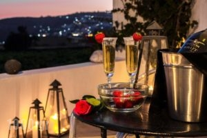 Villa Iliovasilema Santorini_travel_packages_in_Cyclades Islands_Sandorini_Sandorini Chora