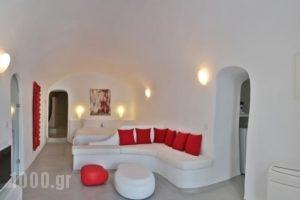 Trieris Villas & Suites_best prices_in_Villa_Cyclades Islands_Sandorini_Sandorini Chora