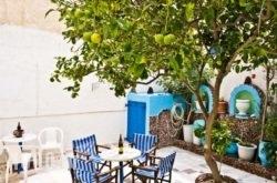Studio Maria Kafouros in Perissa, Sandorini, Cyclades Islands