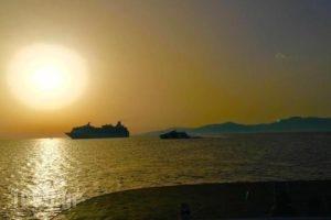 Fantasy Yachting_holidays_in_Yacht_Cyclades Islands_Mykonos_Mykonos Chora