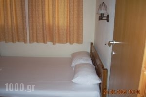 Servetas_holidays_in_Room_Macedonia_Halkidiki_Vourvourou