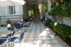 Pefki Studios_lowest prices_in_Apartment_Central Greece_Evia_Pefki