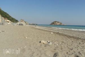 Aeraki Rooms_best prices_in_Apartment_Central Greece_Evia_Halkida
