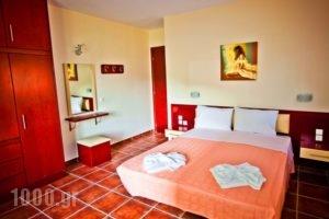 Aselinos Suites_accommodation_in_Room_Sporades Islands_Skiathos_Skiathos Chora