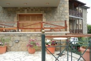 Evrostini Hostel_best prices_in_Room_Peloponesse_Korinthia_Evrostina