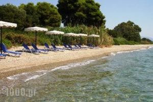 Chromata Beach Apartments_best deals_Apartment_Central Greece_Evia_Rovies