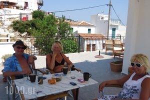 Pension Margarita_best deals_Hotel_Sporades Islands_Skiathos_Skiathoshora