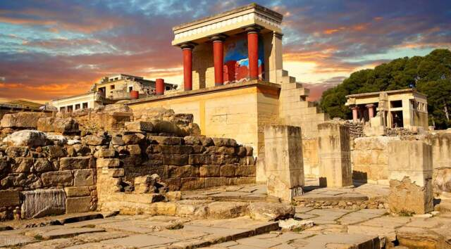 Knossos-Crete, Tourist guide, travel catalog, Greece tourist catalogue